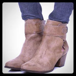 Free People Belleville Leather Ankle Booties: Tan
